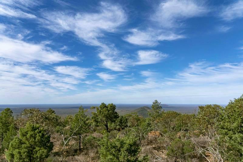 View to SE from Mt Gunderbooka summit. Furthest hill  may be Mt Wammiga